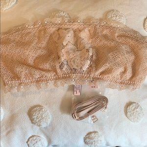 Victoria's Secret lace bandeau bralette nude sz M